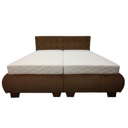 Kárpítozott ágy