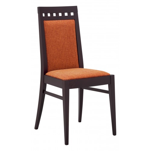 Drevená stolička